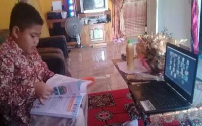 Siswa MIN 3 Tetap Semangat Belajar di Rumah